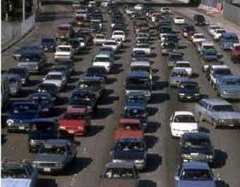 Автомобилистов урежут в правах ради снижения спроса на нефть