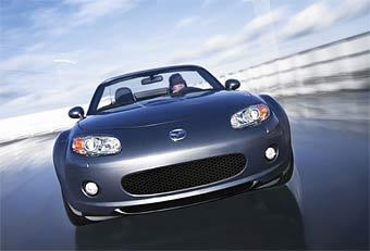 Автомобилем года в Японии стал новый родстер Mazda