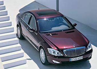 Mercedes-Benz продал в России 180 новых S-Class за месяц