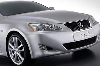 Прототип купе-кабриолета Lexus IS покажут в Детройте