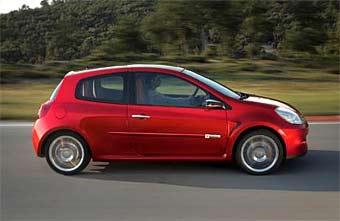 """""""Заряженный"""" Renault Clio появится весной будущего года"""