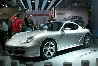 Porsche Cayman S должен стать бестселлером