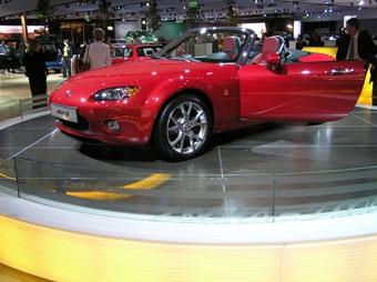 Mazda будет продавать в Европе новый заднеприводный родстер