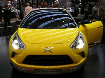 Во Франкфурте состоялась презентация четырехдверного купе Citroen