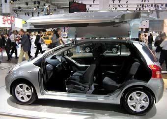 Toyota Yaris стала крупнее, красивее и удобнее
