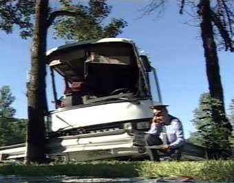 Под Кисловодском перевернулся пассажирский автобус