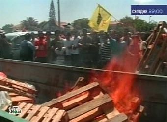 Поселенцы блокировали шоссе в сектор Газа