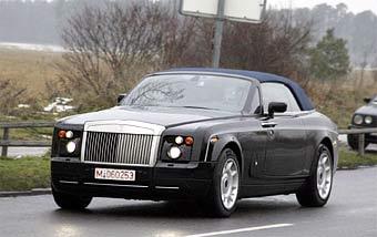 Кабриолет Rolls-Royce Phantom проходит тесты