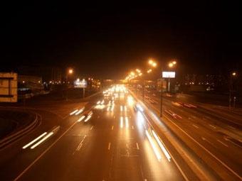 В морозные ночи на МКАД отключат освещение
