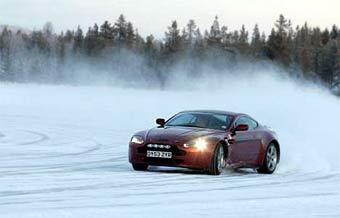 """Aston Martin готовит """"экстремальную"""" версию модели V8 Vantage"""