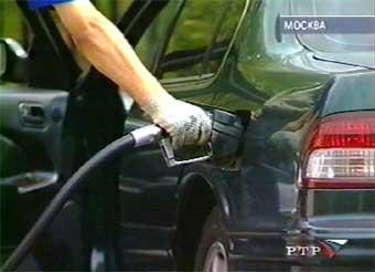 В России резко подорожает бензин