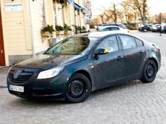 Появились шпионские фотографии преемника Opel Vectra
