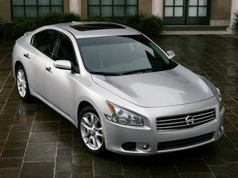 Nissan представил новую Maxima