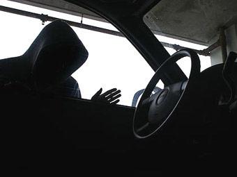 Автомеханик за два часа угнал три машины