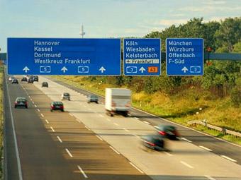 В Германии ввели ограничение скорости на автобанах