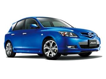 В Японии представлена обновленная Mazda3