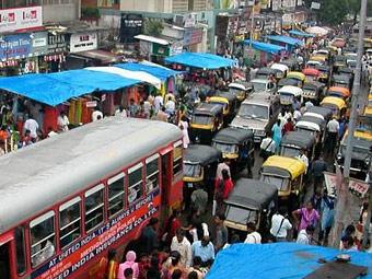 """Автомобилисты Мумбаи проигнорировали запрет на """"бибиканье"""""""