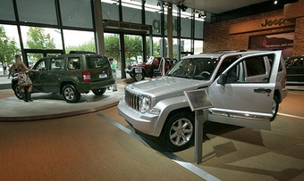 Новый Jeep Cherokee получил матерчатую крышу
