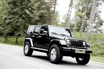 Jeep покажет в Лас-Вегасе два новых внедорожника