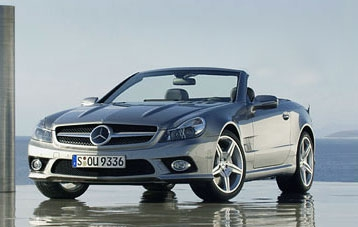 Появились первые фотографии обновленного Mercedes-Benz SL