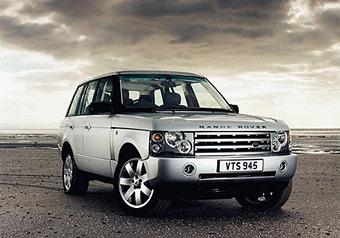 В Подмосковье из автоцентра угнали два Range Rover