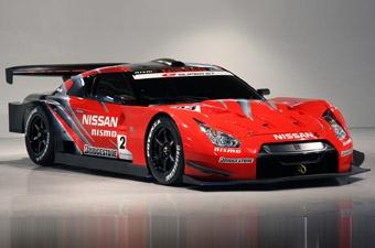 "Nissan официально представил ""кольцевой"" GT-R"