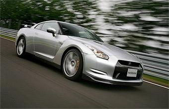 Дилеры Nissan будут обслуживать новый GT-R бесплатно в течение трех лет