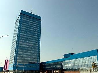 """Компания """"АвтоВАЗ"""" предложила государству выкупить ее облигации"""