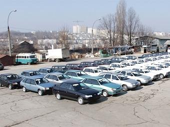 """""""АвтоВАЗ"""" дал дилерам отсрочку по платежам за машины"""