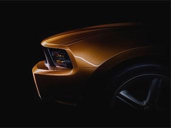 Компания Ford показала фрагменты нового Mustang
