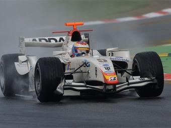 Виталий Петров попал в десятку лучших на тестах серии GP2