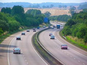 Видеокамеры на дорогах заставили англичан соблюдать ПДД