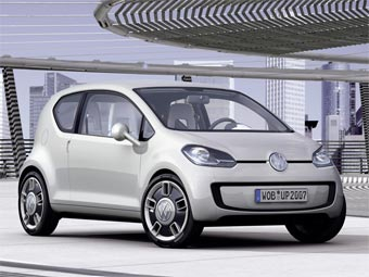 VW представит в Токио пятидверную версию концепта up!