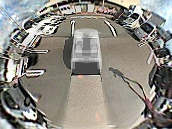Fujitsu разрабатывает систему кругового видеообзора автомобиля