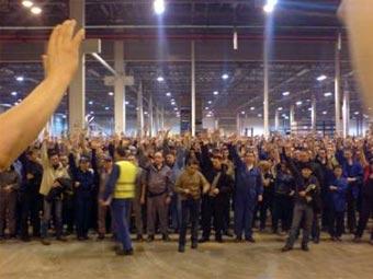 Рабочие завода Ford во Всеволожске остановили конвейер
