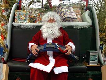 В Великобритании Санта-Клауса заставили в санях пристегиваться