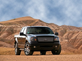 Ford сократит производство из-за высоких цен на бензин
