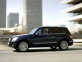 Компания Mercedes-Benz получила 10 тысяч заказов на кроссовер GLK