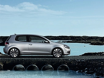 Новый VW Golf GTi получит 211-сильный турбомотор