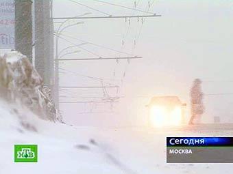 Москва закупила к зиме новые эвакуаторы и спецтехнику