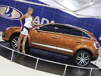 Интерьер Lada C-Cross покажут на выставке в Петербурге