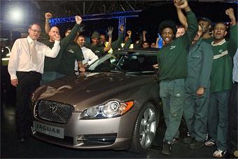 Jaguar приступил к серийному производству модели XF