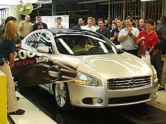 Начался выпуск седана Nissan Maxima нового поколения