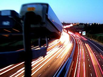 О записанных на видео нарушениях ПДД водителям начнут сообщать с этой недели