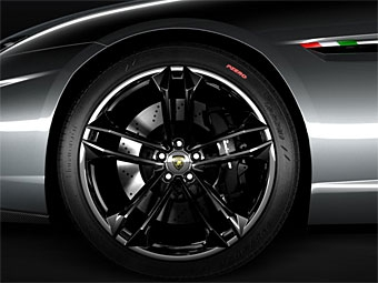 Появилась вторая фотография новой модели Lamborghini