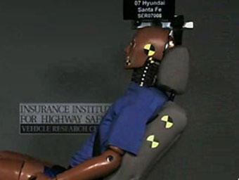 Современные подголовники не защищают от травм при аварии