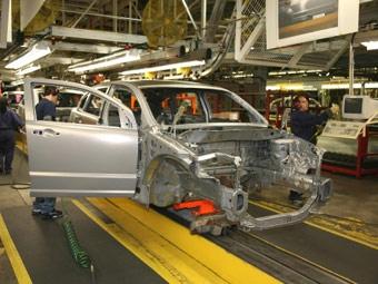 Chrysler на две недели полностью приостановит свою работу