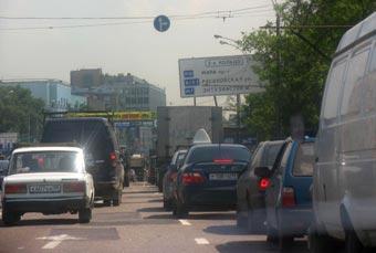 Две трети российских семей не имеют автомобилей