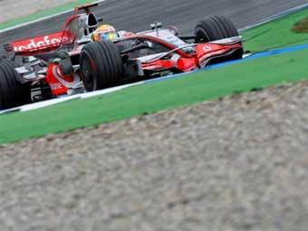 Льюис Гамильтон выиграл квалификацию Гран-при Германии