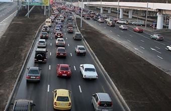 Московские светофоры объединили беспроводной связью